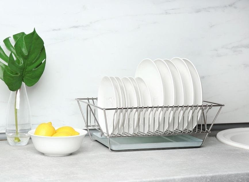 9. Dirt free Dish Rack by simphome.com