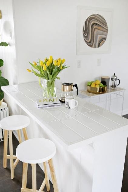 7. Tile The Countertop by simphome.com