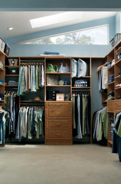 8. Prolonged Bedroom by simphome.com