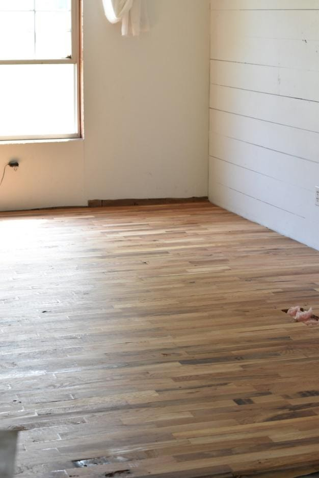 9. Hardwood Flooring for Farmhouse Vibes by simphome.com