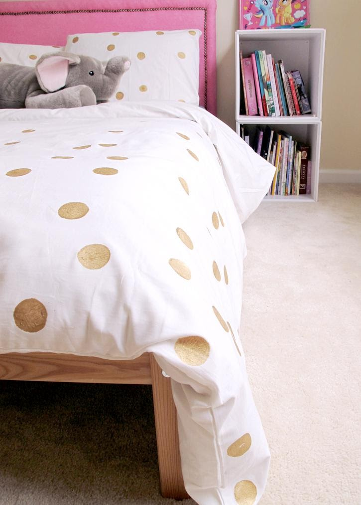 10. Simple Painted Dot Duvet by simphome.com