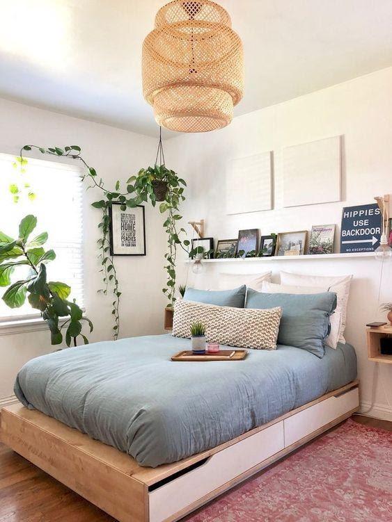 2. Minimalist Platform Bed by simphome.com