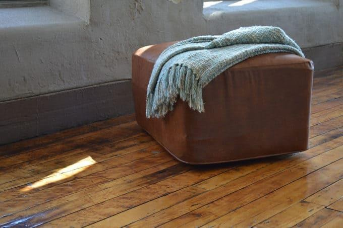 2. Ottoman Bed by simphome.com