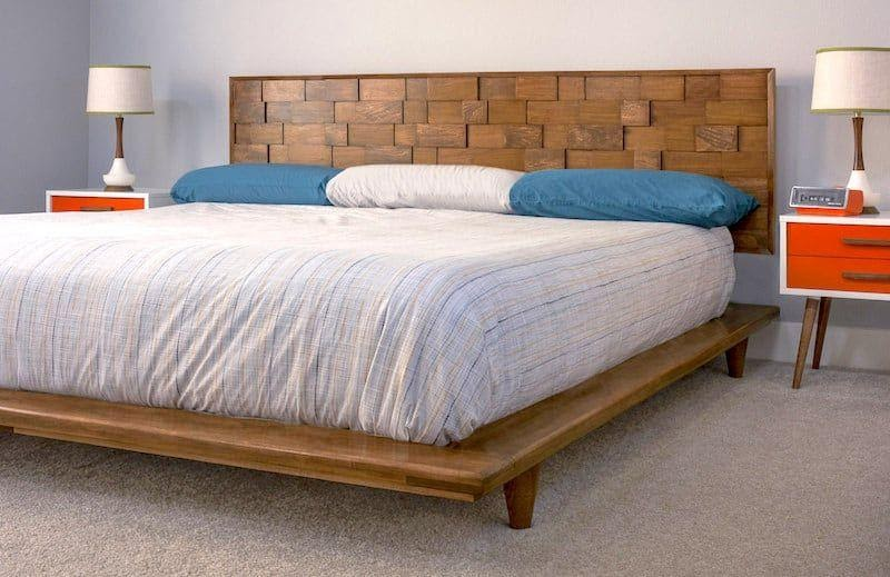4. Try DIY Platform Bed by simphome.com