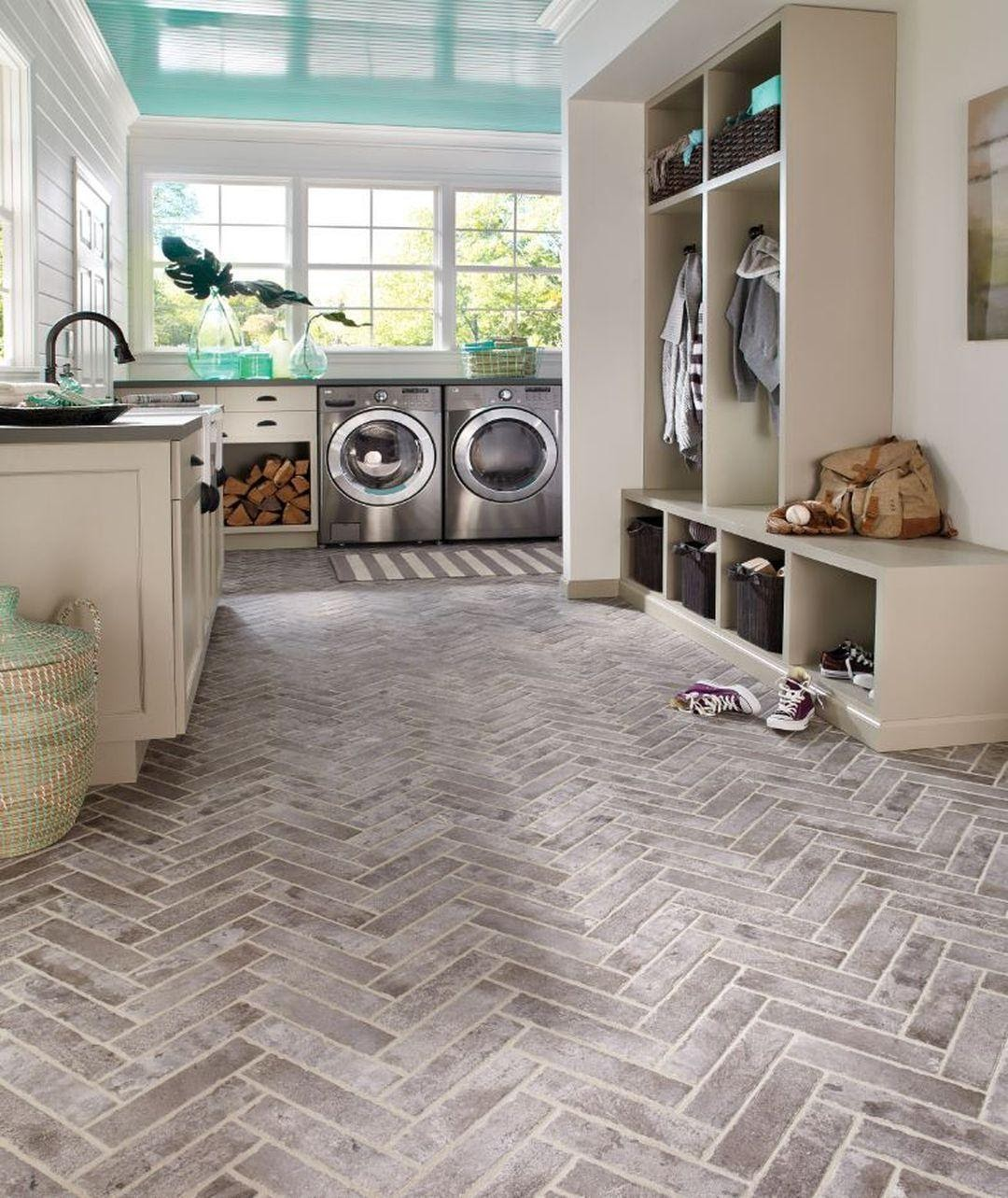 7. The Laundry and Mudroom Combo by simphome.com