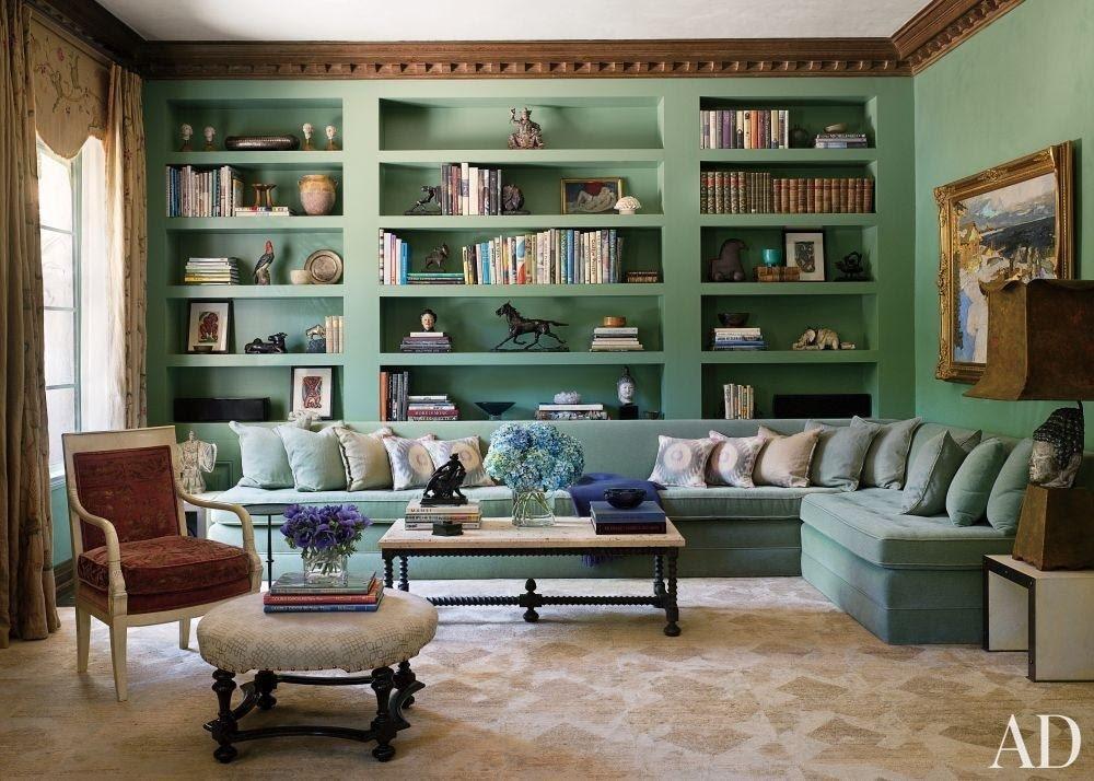 8. Arranging Furniture by simphome.com