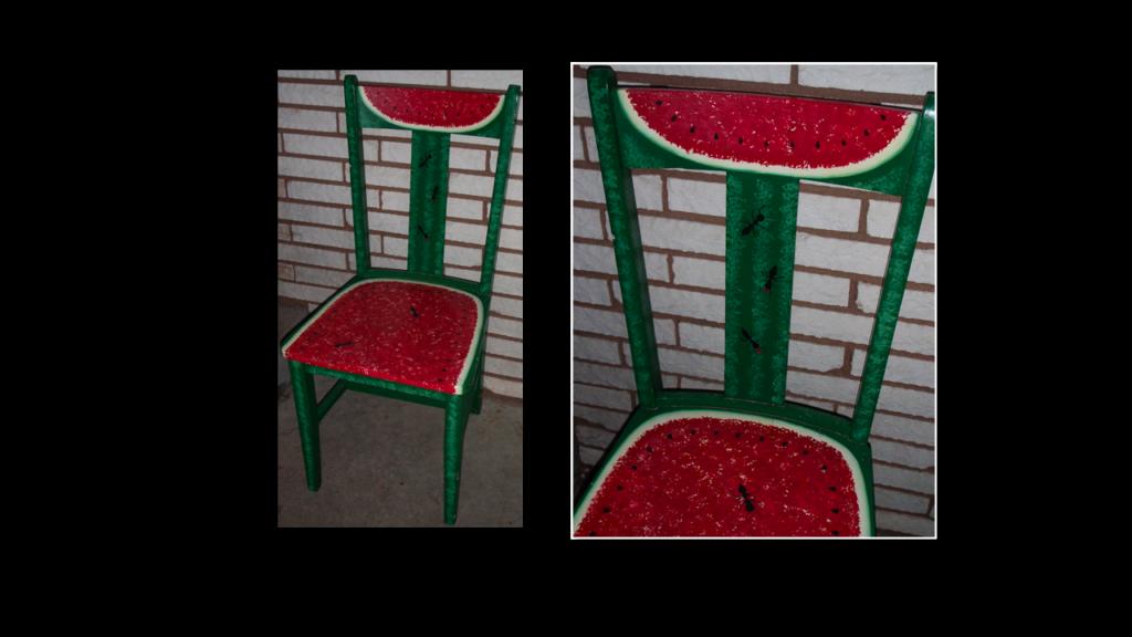 Watermelon Chair decor via Simphome.png