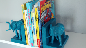 Plastic Elephant Book Ends 8